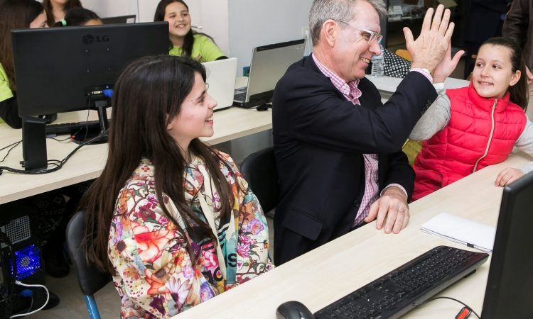 Ambassador Pyatt at CodeGirls2.0 program in Trikala (State Department Photo)