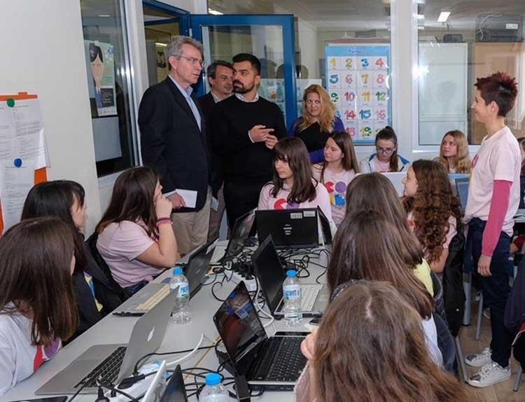 Ambassador Pyatt at CodeGirls Program in Ioannina.